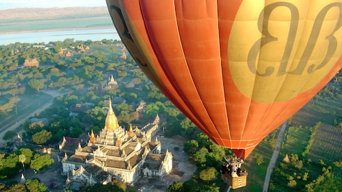 Stunning view of guests on the Hot Air Balloon Flight over Bagan