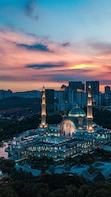 12 Hrs Kuala Lumpur Ultimate Van Tour from Genting Highlands