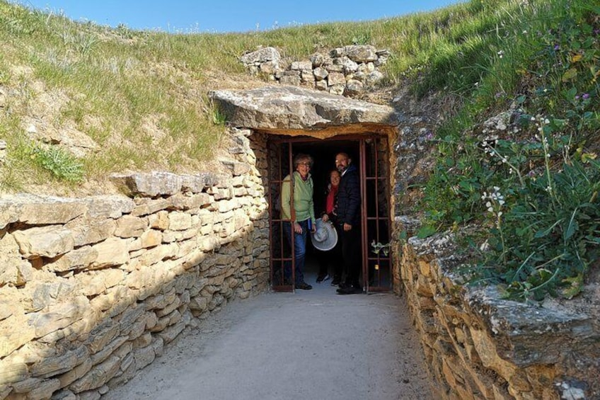 Guided tour of the Dolmens and El Torcal