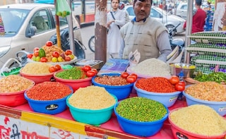 Food Walking Tour In Lucknow