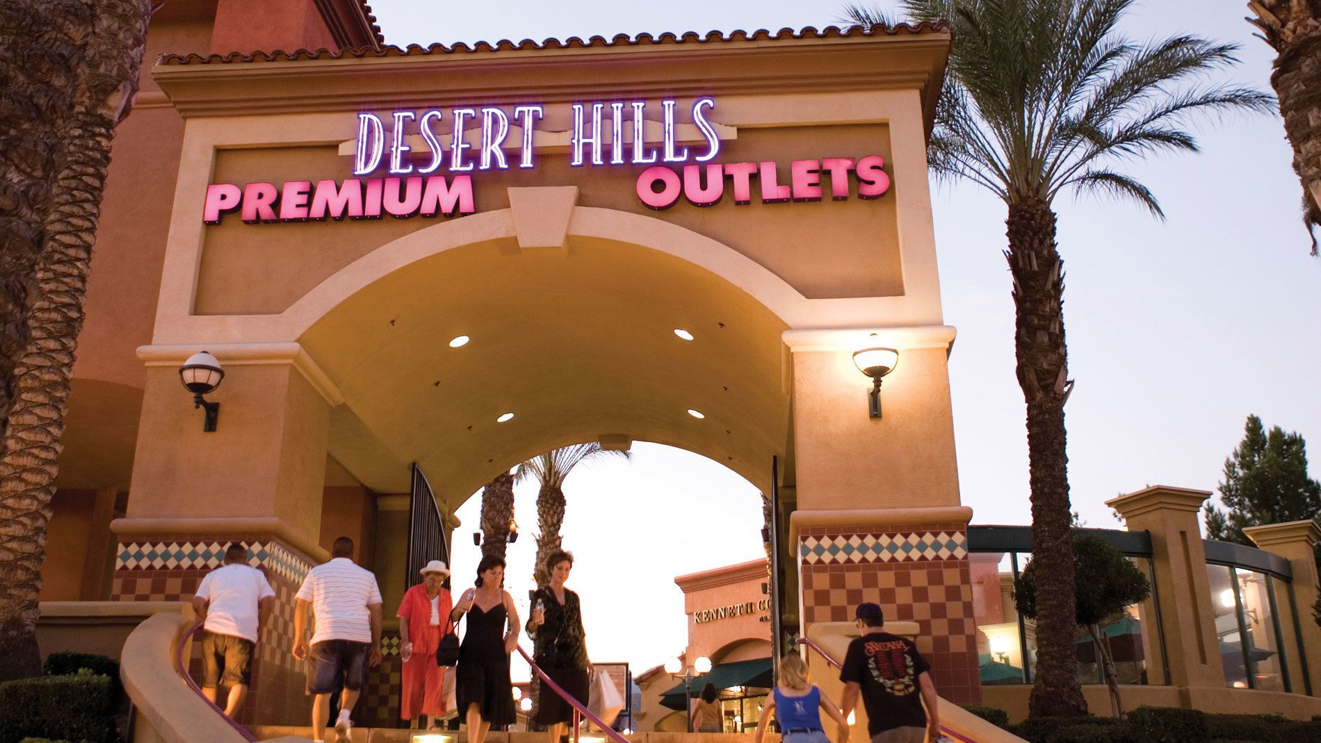 Desert Hills Premium Outlets shopping center in Palm Springs