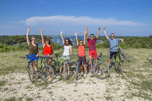 FUN E-BIKE RIDE at CAPE KAMENENJAK