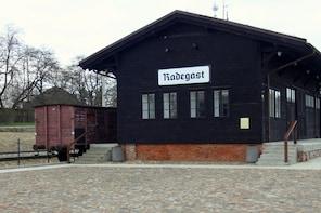 Jewish Litzmannstadt – Jewish Lodz. Private tour from Warsaw