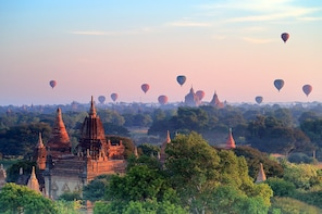 5 Days Yangon, Golden Rock Pagoda & Bagan