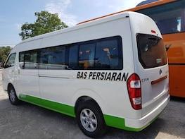 Ipoh to Singapore Chauffeur Transfer [Van]