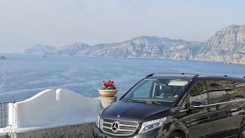Transfer Naples-Amalfi coast with 2h stop in Pompeii