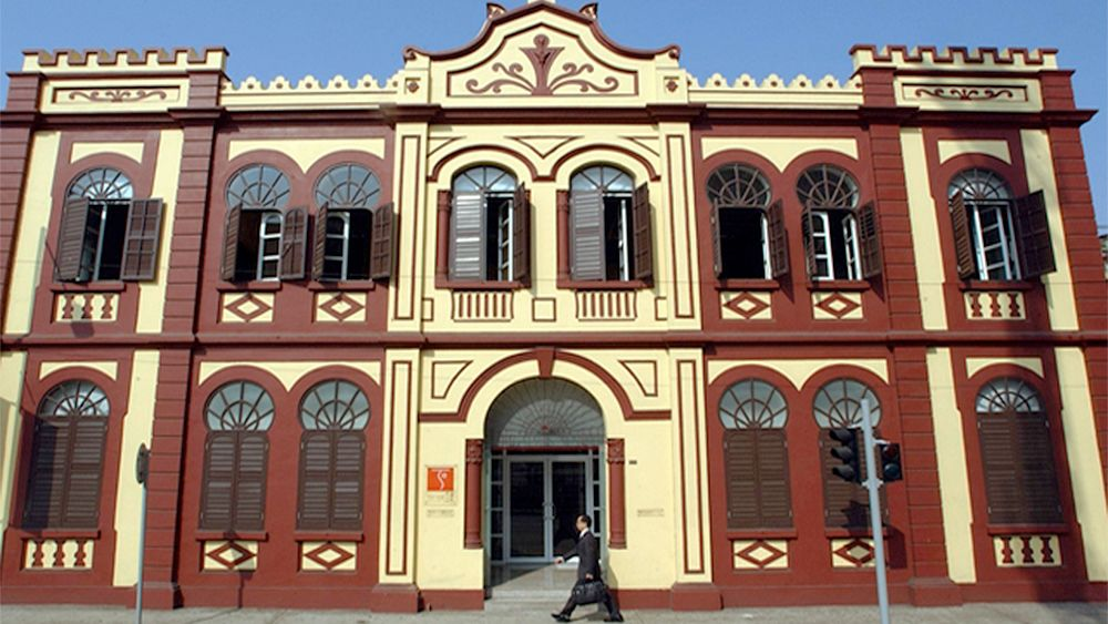 Historical Macau Sightseeing & Landmarks Tour with Lunch