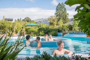 Hanmer Springs Hot Pools from ChCh or Lyttelton Pvt Full Day