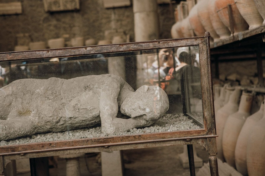 Show item 2 of 10.  Best of Pompeii : Online Tour with Live & Local Guide