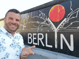 Live Online Experience: Drive Around Berlin with Miha