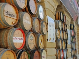 Private Rioja winery visit with tasting & traditional lunch