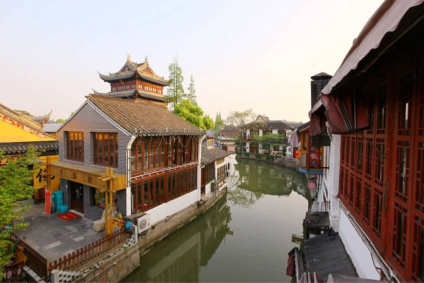 Zhujiajiao Water Village Half Day Coach Tour