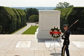 5 hour Arlington Cemetery with DC Monuments Tour