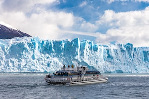 Perito Moreno Glacier with Boat Cruise