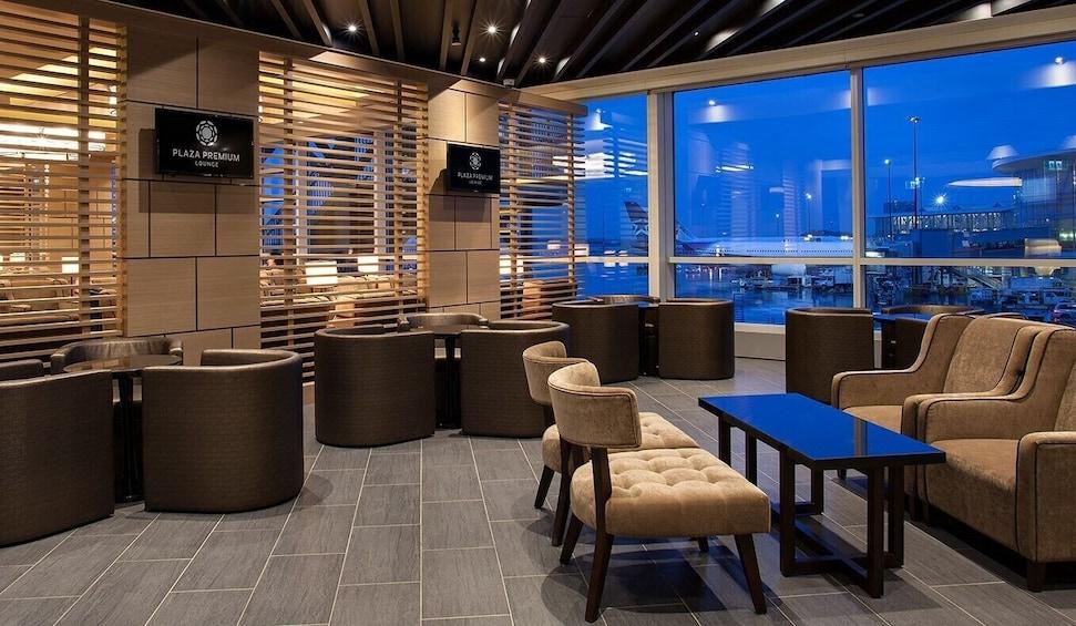 Plaza Premium Lounge at Vancouver International Airport (YVR)