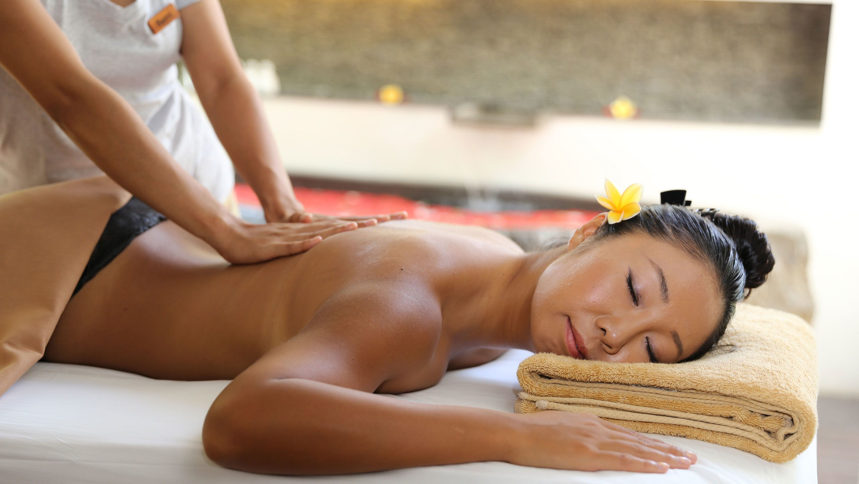 Holistic Luxury Spa Massage Treatment with Transport