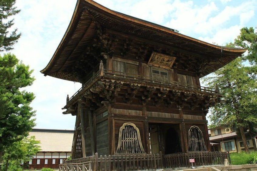 Show item 2 of 7. Hirosaki Full-Day Private Tour with Nationally-Licensed Guide