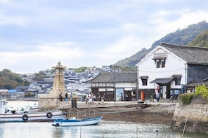 Fukuyama/Tomonoura Half-Day Private Tour with Nationally-Licensed Guide
