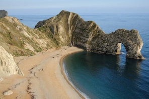 Private tour from Portland, UK: Durdle door, Lulworth, Corfe and Swanage
