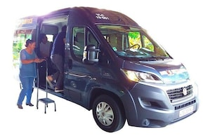 Airport transfer from Tontouta to Bourail