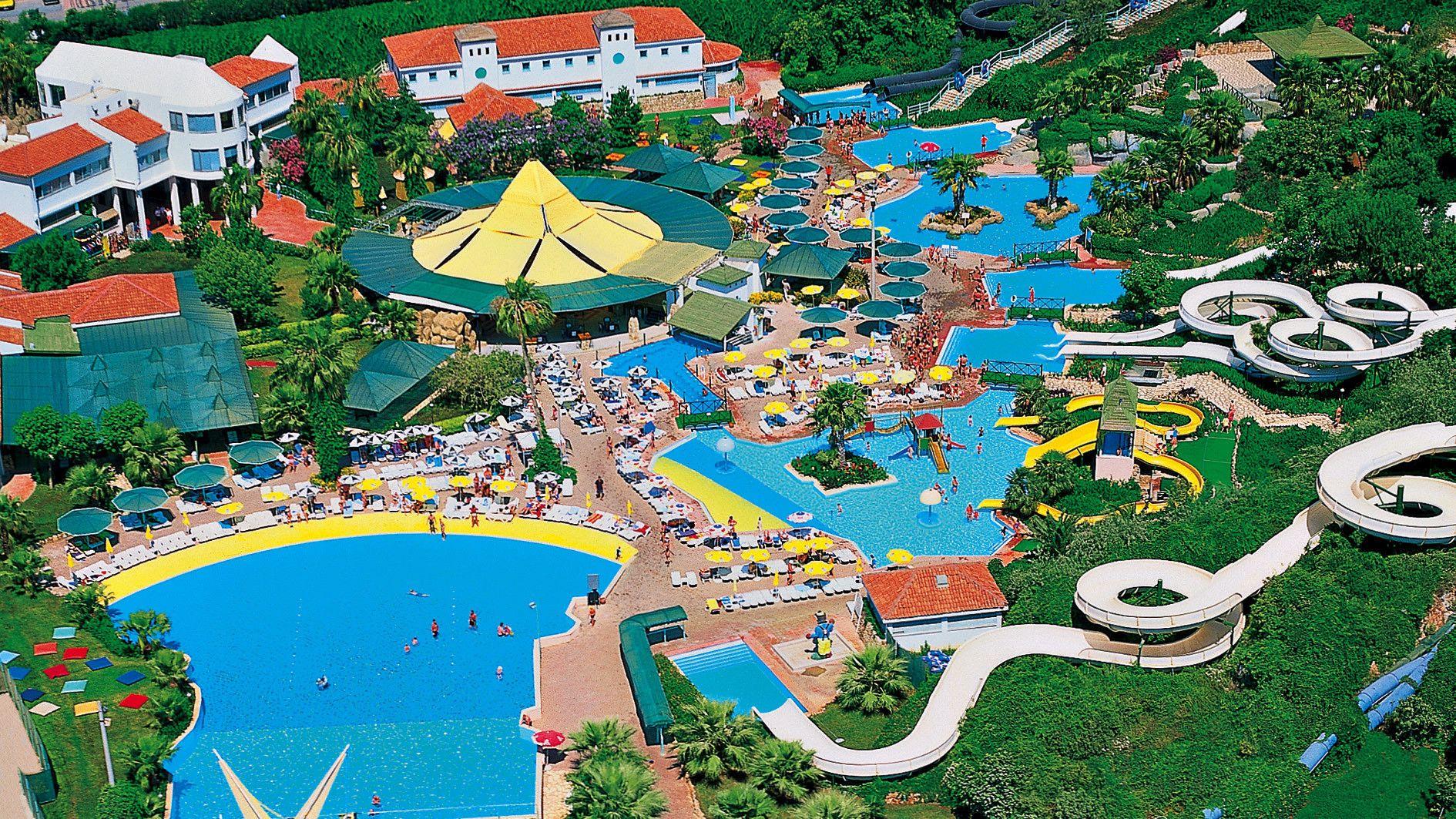 Sisäänpääsy Aqualand-vesipuistoon ja kuljetus hotellilta