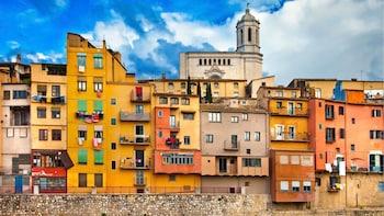 Girona am Vormittag & Montserrat mit Zahnradbahn am Nachmittag – Tagesausfl...
