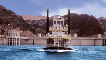Hoover Dam Tour & Lake Mead Cruise Bus Tours