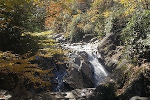 Guided Hike to beautiful waterfalls