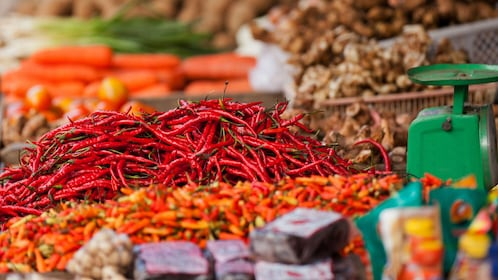 chilis and other produce for sale in Jakarta