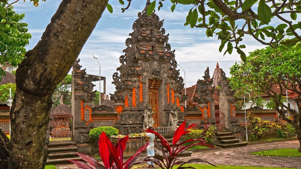 Foto 3 von 5 laden temple in Jakarta