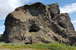 Jökulsárgljúfur Hiking and Sightseeing in Vatnajökull National Park