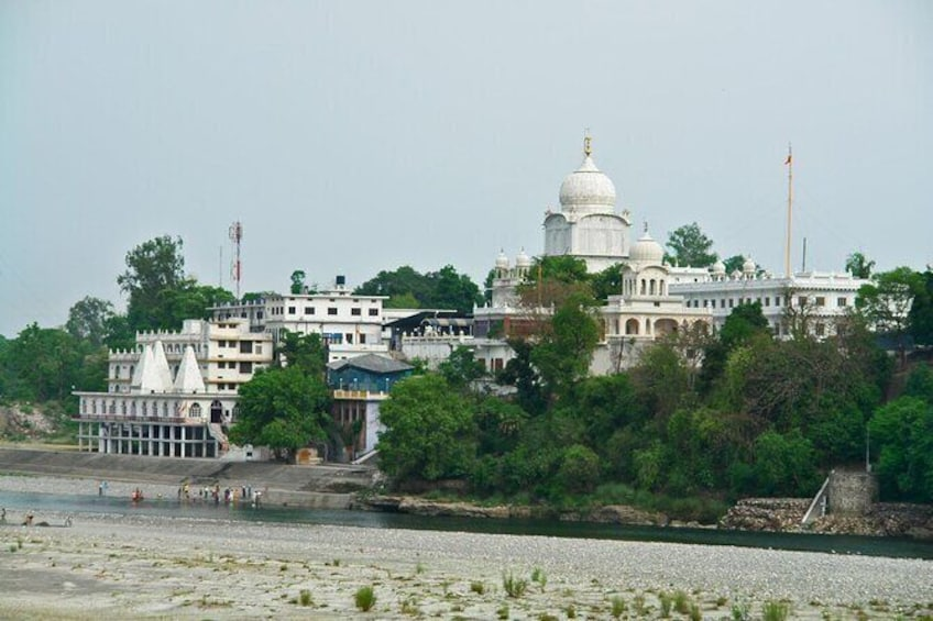 Show item 1 of 7. Dehradun to Gurudwara Paonta Sahib