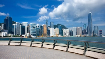 Private Layover Tour to Hong Kong's Top Attractions