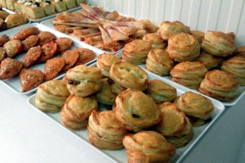 Show item 2 of 8. Gastronomic Workshop: preparation of the Meatloaf