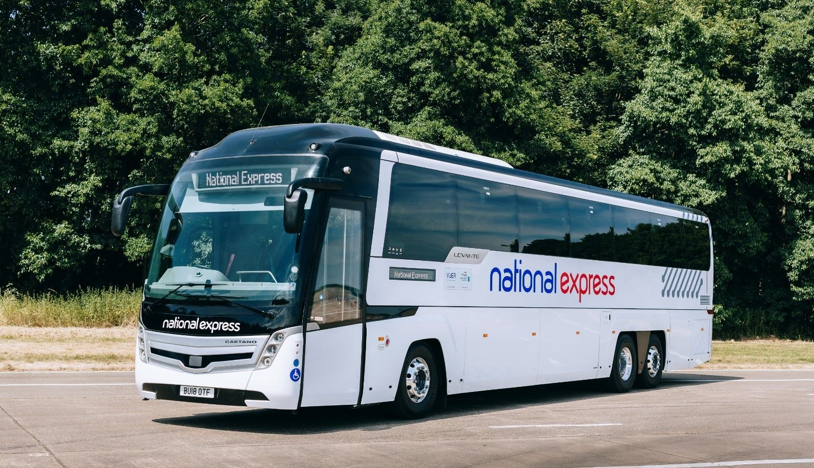 Shared Coach - Heathrow Airport (LHR) to Gatwick Airport (LGW)