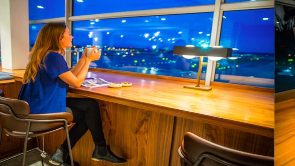 London Gatwick Airport Lounge; No. 1 Lounge (LGW)