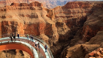 Grand Canyon Helicopter Tour with VIP Skywalk Access