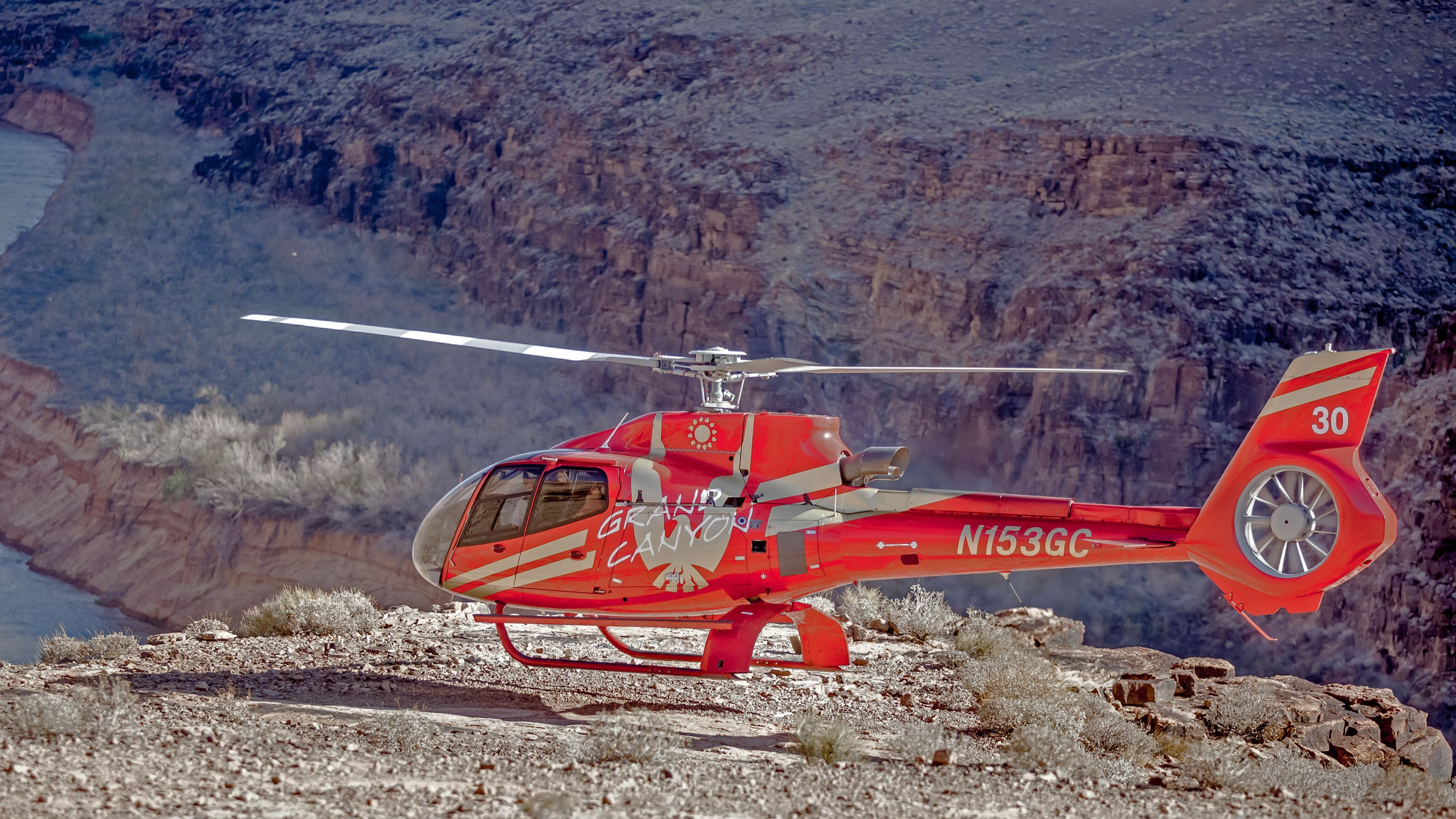 red helicopterlanding in nevada