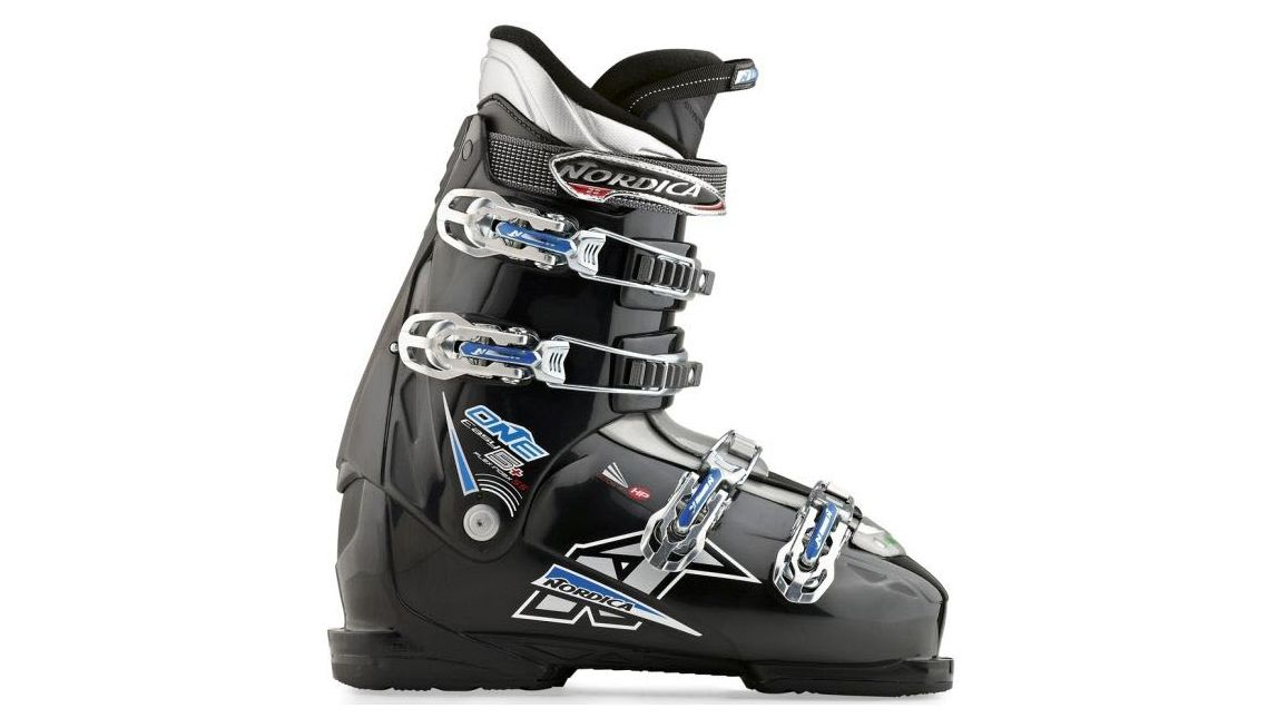 Ski boots available for rent