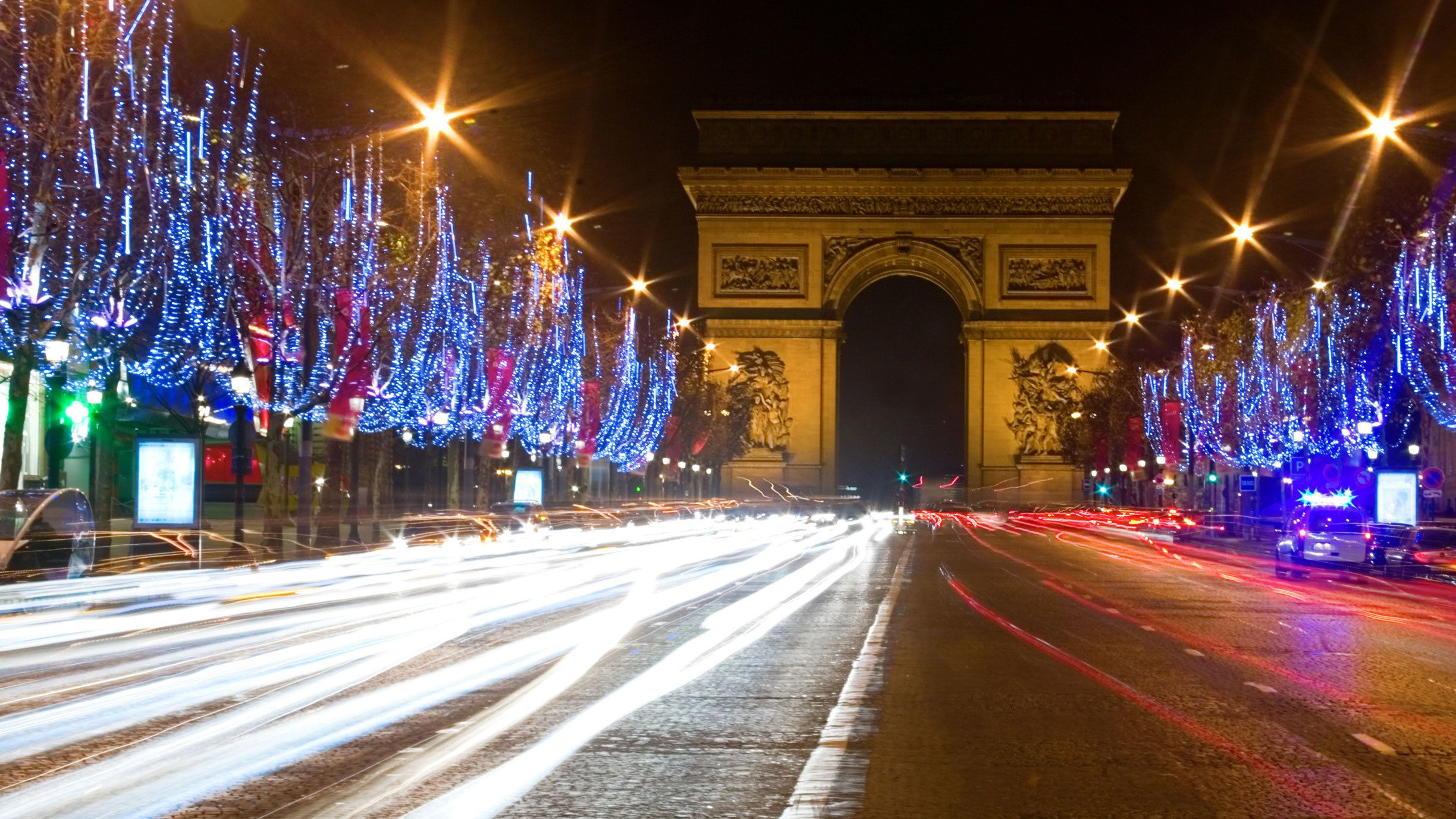 Christmas lights up at the Arc de Triomphe