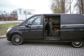 Ghent - Amsterdam Shuttle Transfer (1 to 8 Seats)