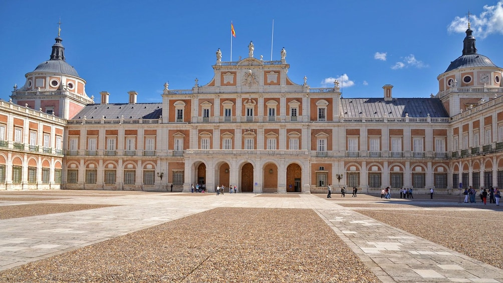 Apri foto 3 di 6. Royal Palace of Aranjuez