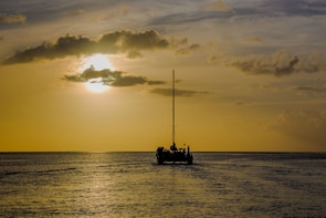 Piton Sunset Snorkel Cruise with Open Bar