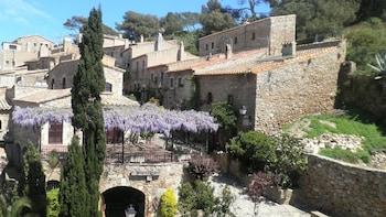 Costa Brava: Calella de Palafrugell, Llafranc, L'Estartit & Medes Islands