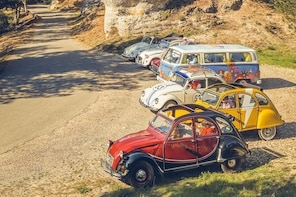 Vintage Car Tour in Provence