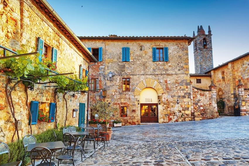 Show item 2 of 10. Full-Day Tour of San Gimignano, Siena & Chianti