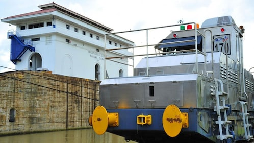 Cargo ship passes through the Panama Canal