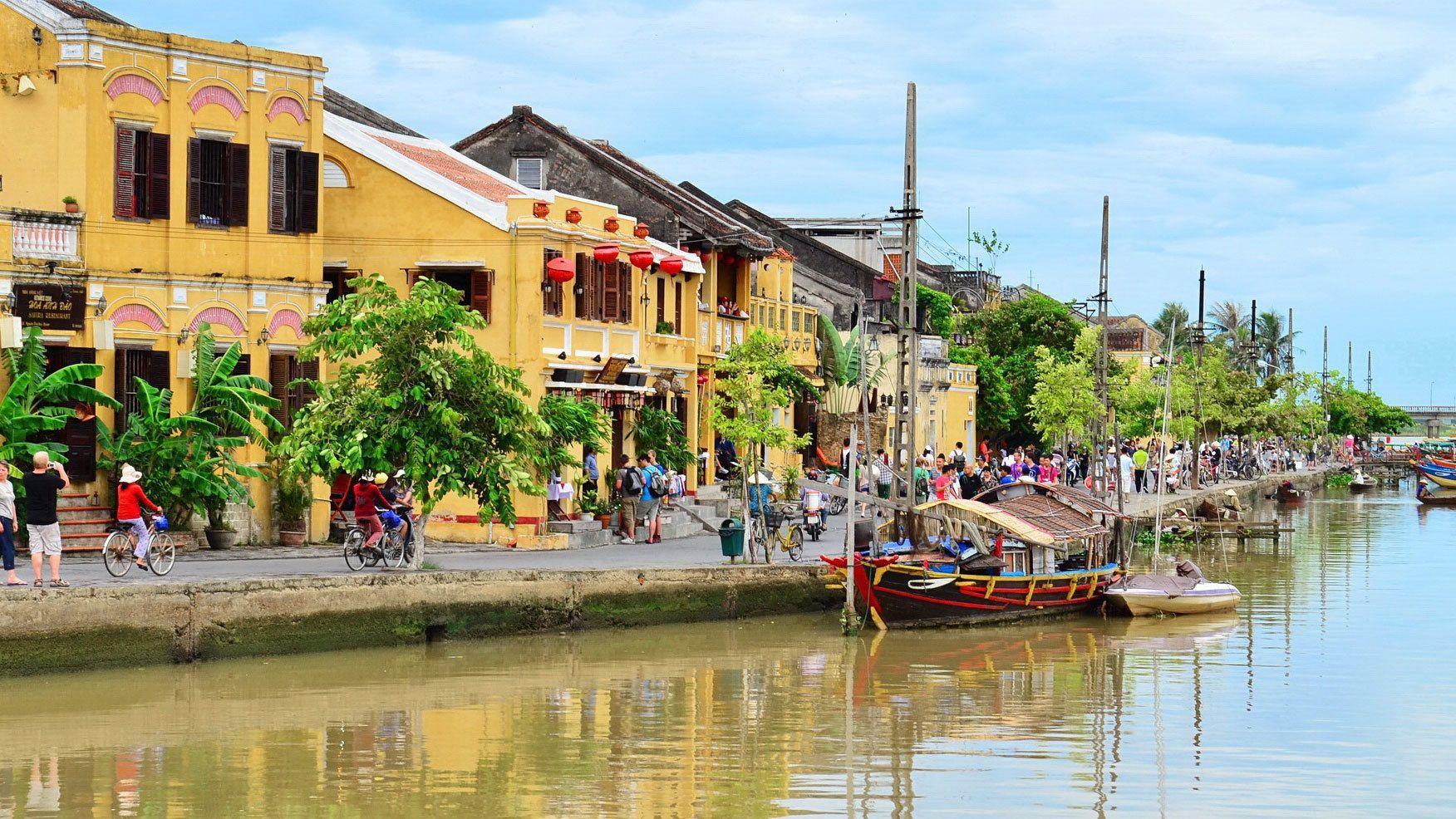city view along river