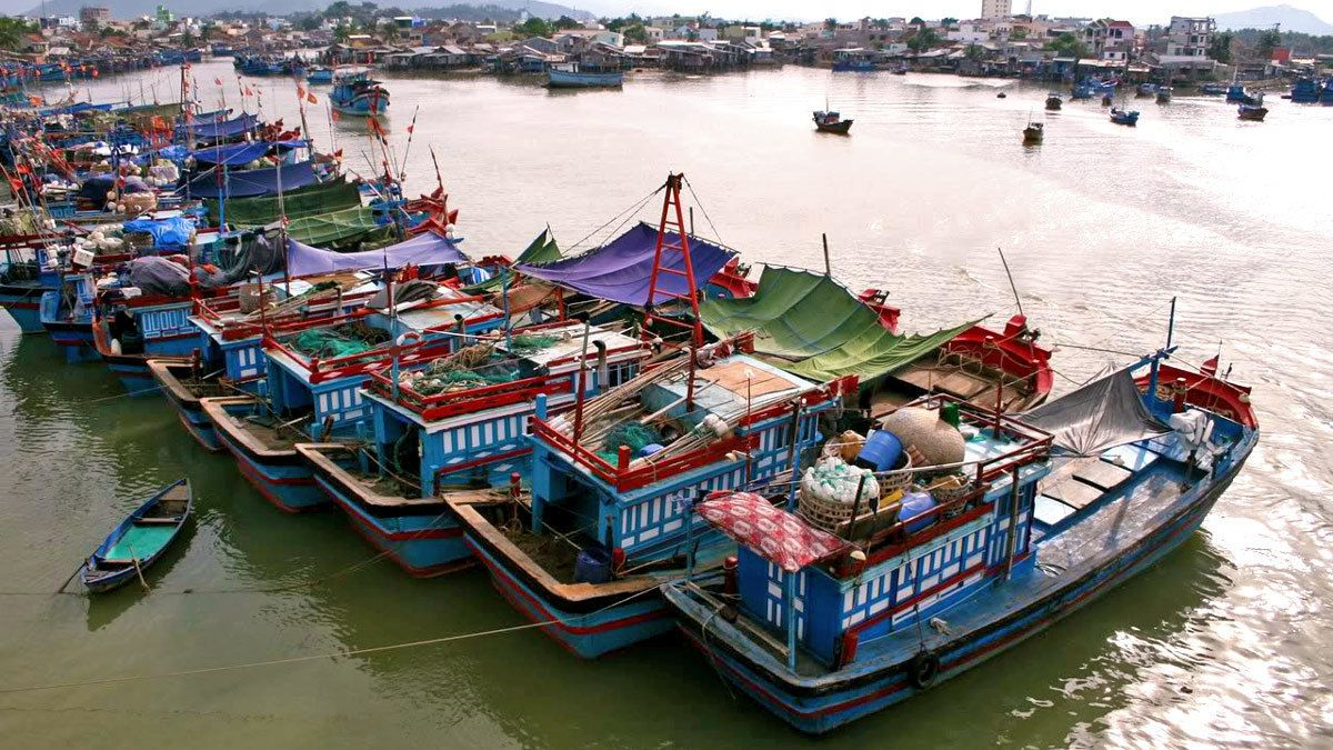 Private Sightseeing Between Hoi An & Hue
