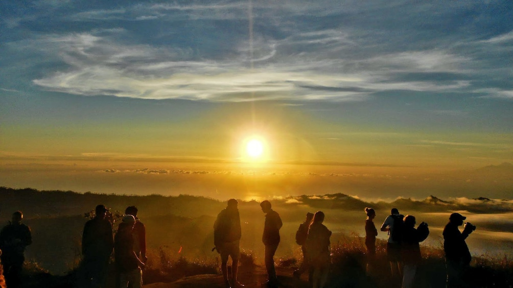 Tampilkan item 3 dari 5. group on Mount Batur observing the sunrise in Indonesia